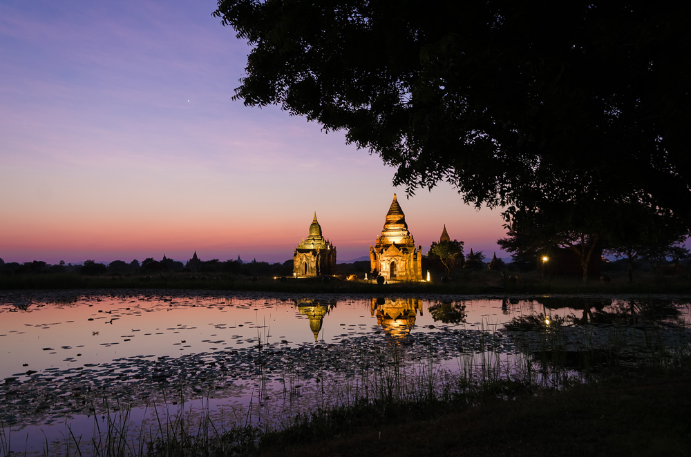 Sunset over the temples in Bagan