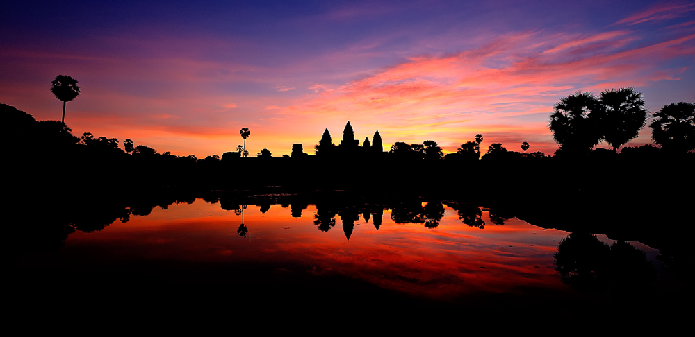 Daybreak over Angkor Wat: Some of M's stunning photography