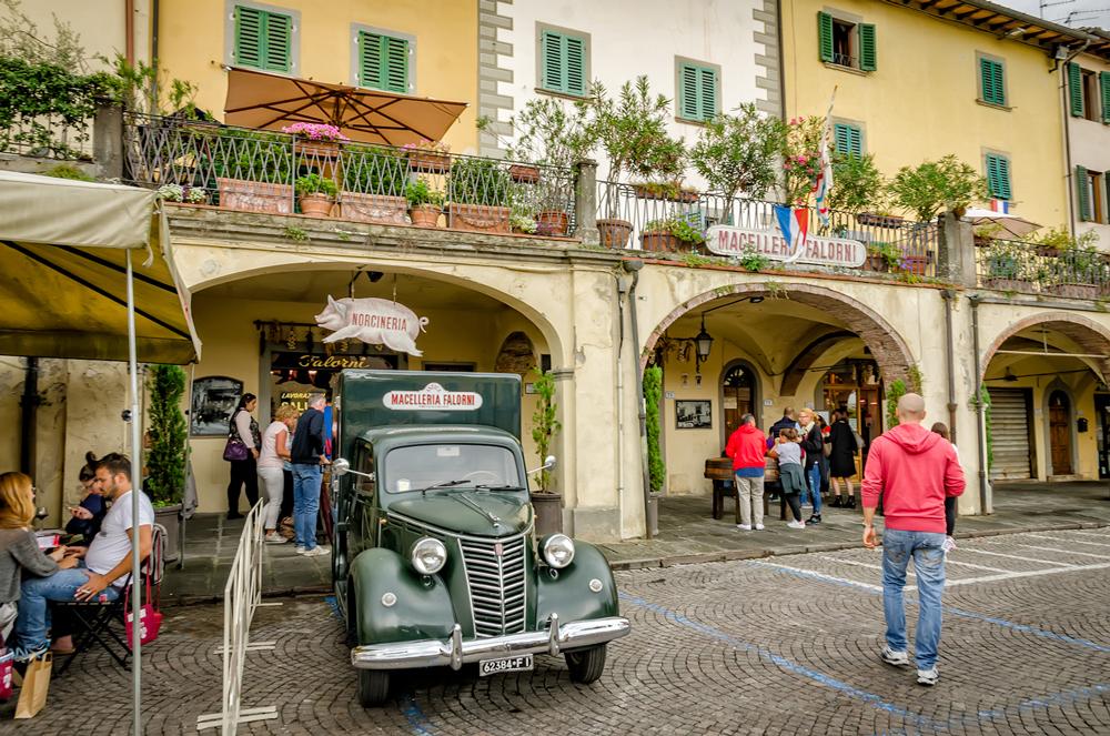 Cute Greve in Chianti town centre