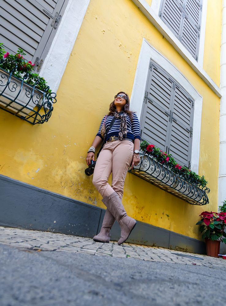 Pretty pastel walls and cobblestone streets!