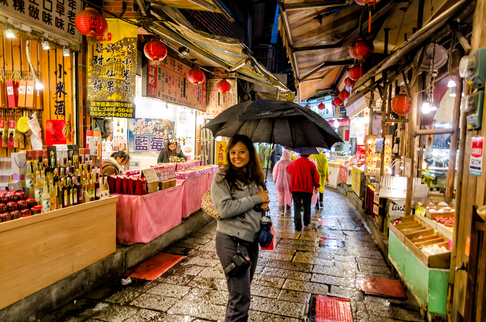 Finding shelter in the streets of Jiufen