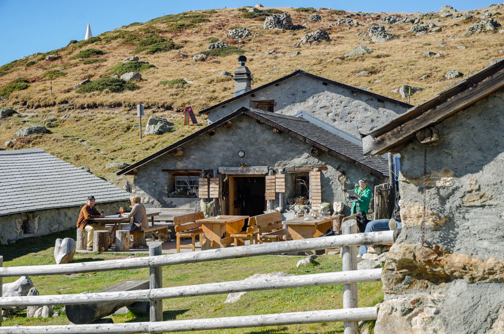 Fondue place in Muottas Muragl
